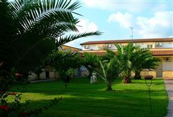 Villaggio Green Garden Club****15