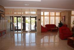 Hotel Zagreb - Karlobag***15