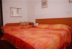 Hotel Zagreb - Karlobag***6
