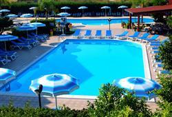 Hotel Club Aquilia Resort****4
