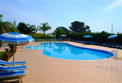 Hotel Club Aquilia Resort****5