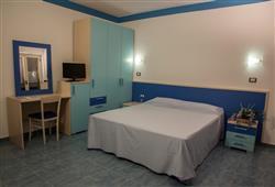 Hotel Club Aquilia Resort****7