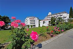 Hotel Laguna - Gradac**3