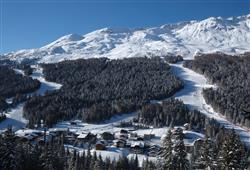 Hotel Girasole - 5denní lyžařský balíček se skipasem a dopravou v ceně - prosincové termíny***37