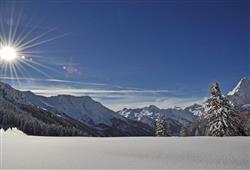 Park Hotel Bozzi - 6denný lyžiarsky balíček so skipasom na 4 dni a dopravou v cene***23
