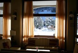 Hotel Urri - 5denní lyžařský balíček se skipasem a dopravou v ceně***38