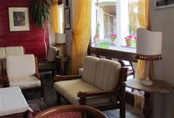 Hotel Urri - 5denní lyžařský balíček se skipasem a dopravou v ceně***50