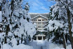 Hotel Urri - 5denný lyžiarsky balíček so skipasom a dopravou v cene***7