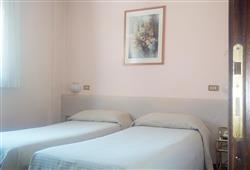 Hotel Urri - 6denní lyžařský balíček se skipasem a dopravou v ceně***9