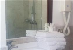 Hotel Urri - 6denní lyžařský balíček se skipasem a dopravou v ceně***32