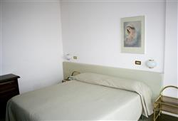 Hotel Urri - 6denní lyžařský balíček se skipasem a dopravou v ceně***14