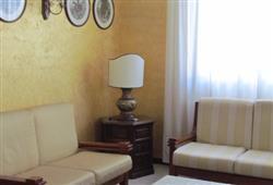Hotel Urri - 6denní lyžařský balíček se skipasem a dopravou v ceně***41