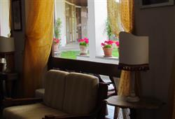 Hotel Urri - 6denní lyžařský balíček se skipasem a dopravou v ceně***48