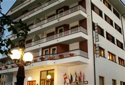 Hotel Urri - 6denní lyžařský balíček se skipasem a dopravou v ceně***4