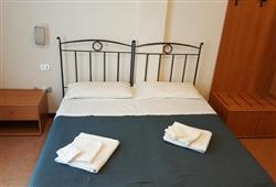 Hotel Casa Alpina (CASA DEL FERIE PAVONIANI) - 5denní lyžařský balíček se skipasem a dopravou v ceně***8
