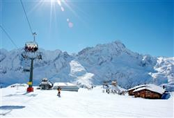 Hotel Casa Alpina (CASA DEL FERIE PAVONIANI) - 5denní lyžařský balíček se skipasem a dopravou v ceně***26