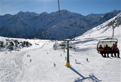 Hotel Casa Alpina (CASA DEL FERIE PAVONIANI) - 5denní lyžařský balíček se skipasem a dopravou v ceně***29