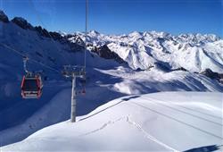 Hotel Casa Alpina (CASA DEL FERIE PAVONIANI) - 5denní lyžařský balíček se skipasem a dopravou v ceně***39