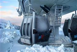Hotel Casa Alpina (CASA DEL FERIE PAVONIANI) - 5denní lyžařský balíček se skipasem a dopravou v ceně***40