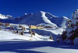 Hotel Casa Alpina (CASA DEL FERIE PAVONIANI) - 5denní lyžařský balíček se skipasem a dopravou v ceně***41