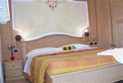 Hotely Paganella - různé *** hotely - 5denní lyžařský balíček se skipasem a dopravou v ceně***5