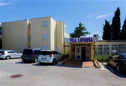 Dependencia Villa Lovorka***0