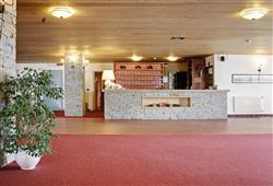 Hotel Girasole - 5denní lyžařský balíček se skipasem a dopravou v ceně - prosincové termíny***1