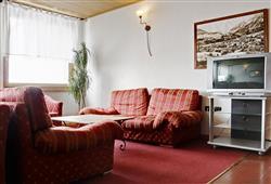 Hotel Girasole - 5denní lyžařský balíček se skipasem a dopravou v ceně - prosincové termíny***5