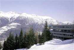 Hotel Sole Alto – 5denní lyžařský balíček se skipasem a dopravou v ceně***23