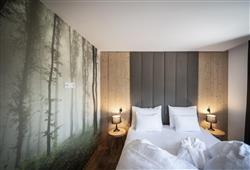 Hotel Simpaty - 6denný lyžiarsky balíček so skipasom a dopravou v cene***11