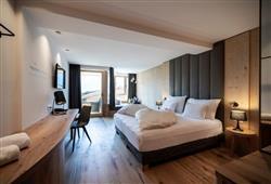 Hotel Simpaty - 6denný lyžiarsky balíček so skipasom a dopravou v cene***3