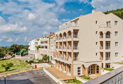 Hotel Drvenik Palace***2