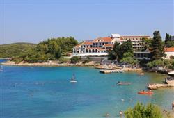 Hotel Liburna - Korčula****17