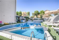Hotel Ferretti Beach****2