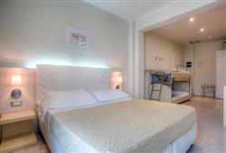 Hotel Ferretti Beach****7