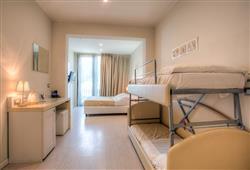Hotel Ferretti Beach****11