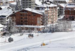 Hotel Derby - 6denní lyžařský balíček se skipasem a dopravou v ceně***0