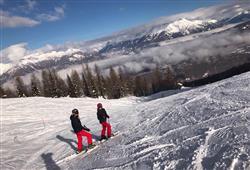 Hotel Derby - 6denní lyžařský balíček se skipasem a dopravou v ceně***20