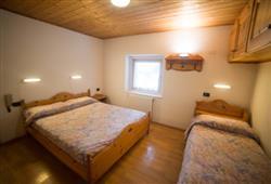 Hotel Casa Alpina - 5denní lyžařský balíček se skipasem a dopravou v ceně**10