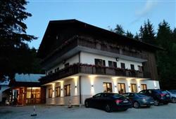 Hotel Casa Alpina - 5denní lyžařský balíček se skipasem a dopravou v ceně**6