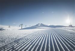 Hotel Casa Alpina - 5denní lyžařský balíček se skipasem a dopravou v ceně**25