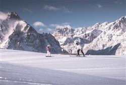 Hotel Casa Alpina - 5denní lyžařský balíček se skipasem a dopravou v ceně**30