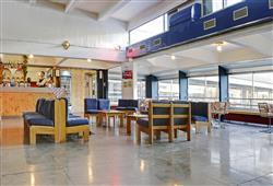 Hotel Marilleva 1400 - 5denní lyžařský balíček se skipasem a dopravou v ceně****4