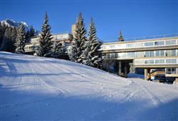 Hotel Marilleva 1400 - 5denní lyžařský balíček se skipasem a dopravou v ceně****0