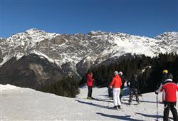 5denní lyžařský balíček Bormio – různé hotely**/*** s lyžováním pro ženy zdarma**1