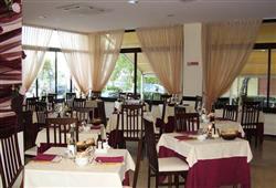 Hotel Crosal***7