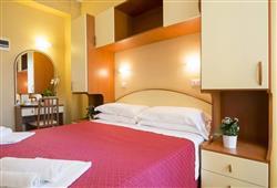Hotel Crosal***3