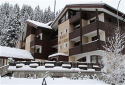 Hotel Alle Tre Baite - 5denný lyžiarsky balíček so skipasom a dopravou v cene***1