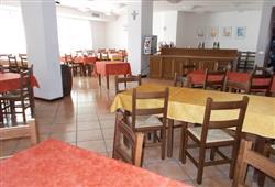 Hotel Casa Alpina (CASA DEL FERIE PAVONIANI) - 5denní lyžařský balíček se skipasem a dopravou v ceně***19