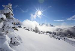 Hotel Sole Alto – 5denní lyžařský balíček se skipasem a dopravou v ceně***17